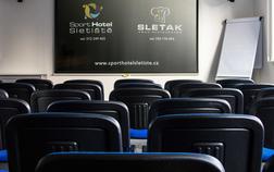 sport-hotel-sletiste_konferencni-mistnost-komercni-akce-1