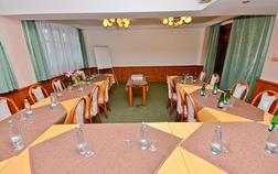 hotel-kotyza_horni-salonek-1