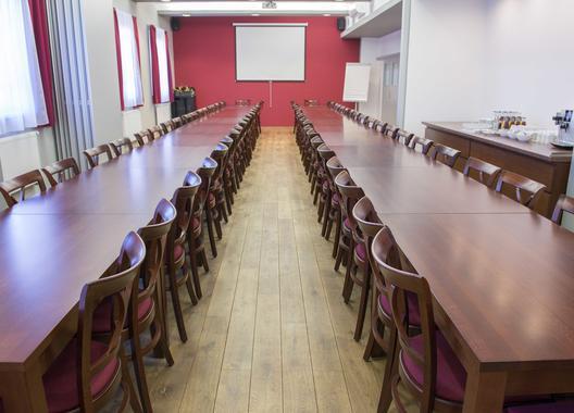 hotel-villa-eden_konferencni-mistnost-km12-3
