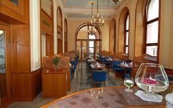 hotel-opera_meeting-room-1