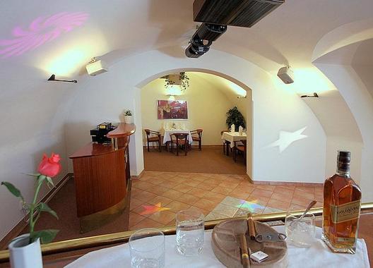 hotel-trinity_vinarna-3