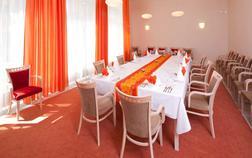 spa-resort-sanssouci_waltz-lounge-1