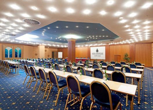 hotel-concertino-zlata-husa_kongresovy-sal-6