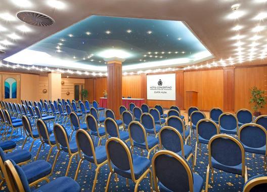 hotel-concertino-zlata-husa_kongresovy-sal-5