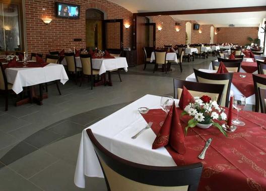 hotel-a-restaurace-green-gondola_salonek-san-giorgo-2