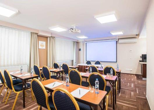 wellness-hotel-step_meeting-room-bohemia-2