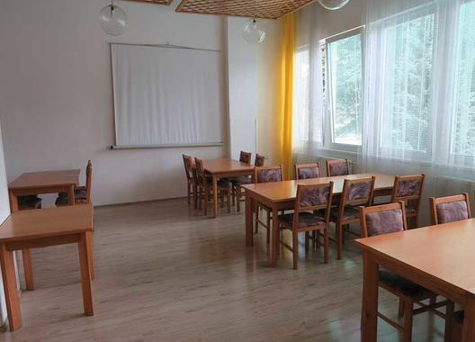 hotel-uno_zluty-salonek-2