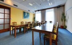 hotel-filipinum_salonek-2-se-zimni-zahradou-1