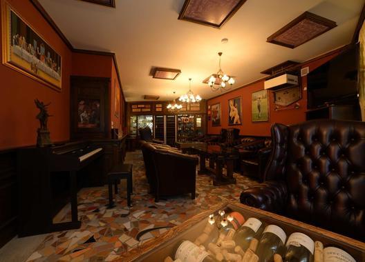 hotel-berg_la-salon-3
