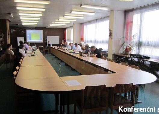 hotel-krystal_konferencni-sal-c-164-3