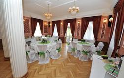 hotel-zamek-berchtold_cerveny-sal-1