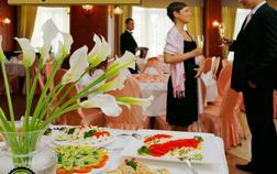 hotel-city-pisek_reprezentativni-salonek-1