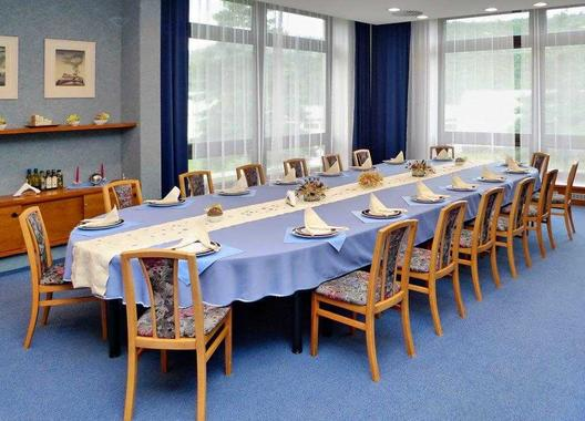 hotel-vz-merin_modry-salonek-3