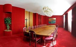 hotel-vz-merin_cerveny-salonek-1