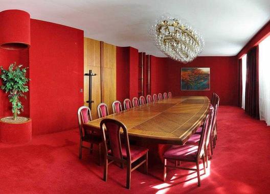 hotel-vz-merin_cerveny-salonek-9