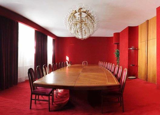 hotel-vz-merin_cerveny-salonek-15