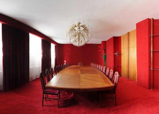 hotel-vz-merin_cerveny-salonek-11