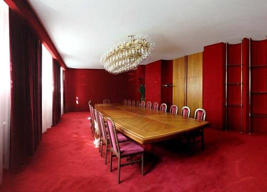 hotel-vz-merin_cerveny-salonek-13