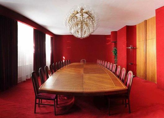 hotel-vz-merin_cerveny-salonek-12