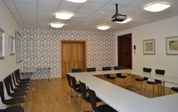 hotel-zamek-dobris_konferencni-mistnost-1