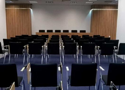 hotel-modena_konferencni-mistnost-2