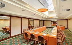 lindner-hotel-prague-castle_congress-hall-i-1