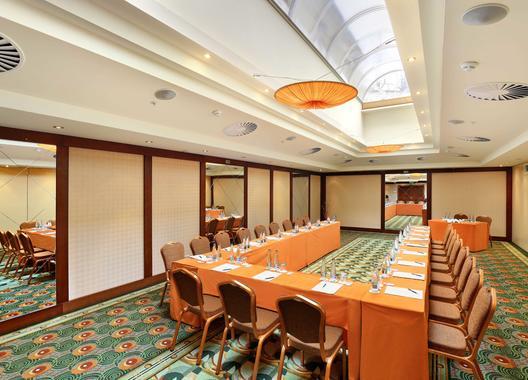 lindner-hotel-prague-castle_congress-hall-ii-1
