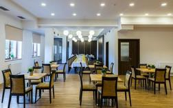 hotel-luznice_hlavni-sal-1
