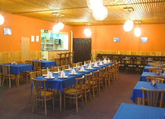 hotel-na-trojce_restaurace-3