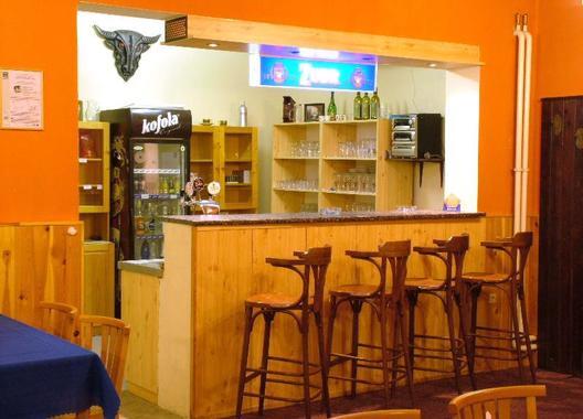 hotel-na-trojce_restaurace-1
