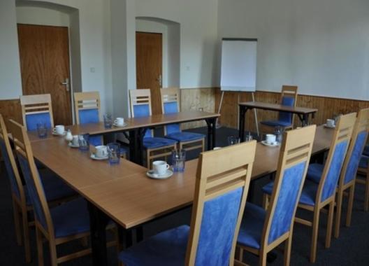 hotel-lions-plzen_konferencni-sal-8