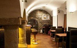 hotel-nautilus_vinarna-1