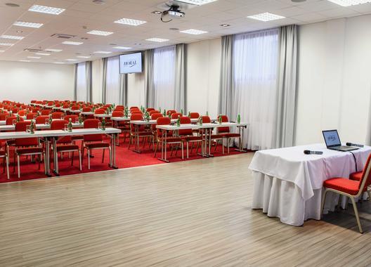 wellness-spa-hotel-horal_kongresovy-sal-2