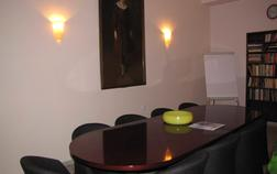 residence-select_meeting-room-1