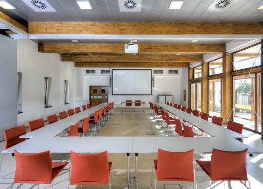 hotel-lev-lovosice_konferencni-sal-1