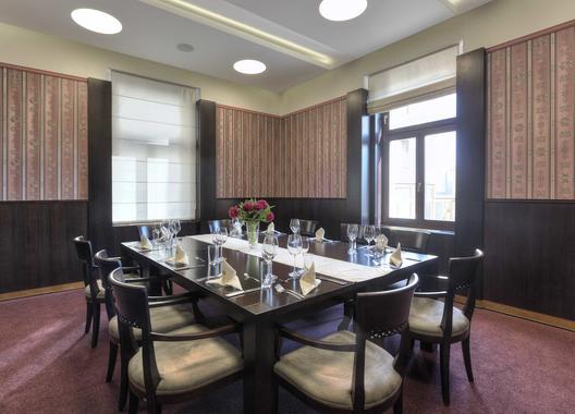 hotel-lev-lovosice_salon-royal-3