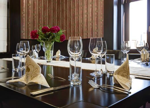 hotel-lev-lovosice_salon-royal-1