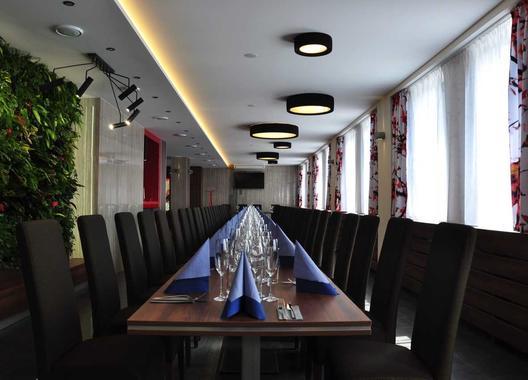 hotel-restaurace-penzion-beta_salonek-1