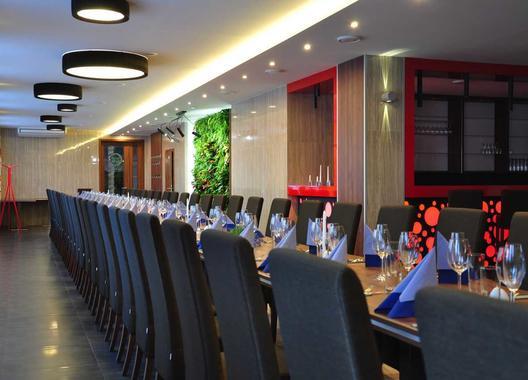 hotel-restaurace-penzion-beta_salonek-6