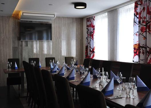 hotel-restaurace-penzion-beta_salonek-4