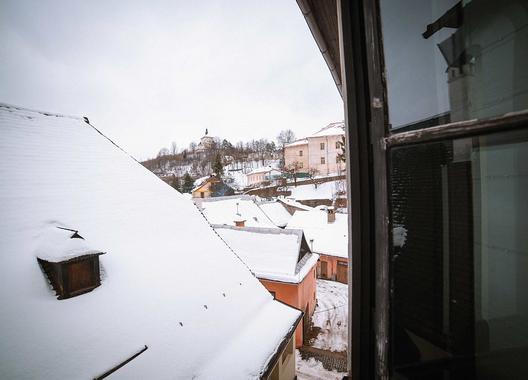 hotel-bristol_spolocenska-miestnost-11
