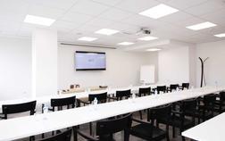 hotel-restart_meeting-room-c-1-rumcajs-1