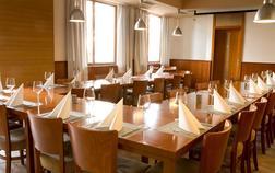 hotel-sharingham_konferencni-mistnost-1