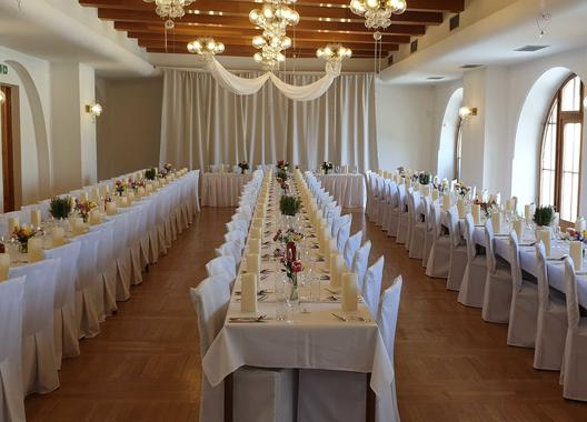 hotel-zamek-velka-bystrice_spolecenske-saly-2