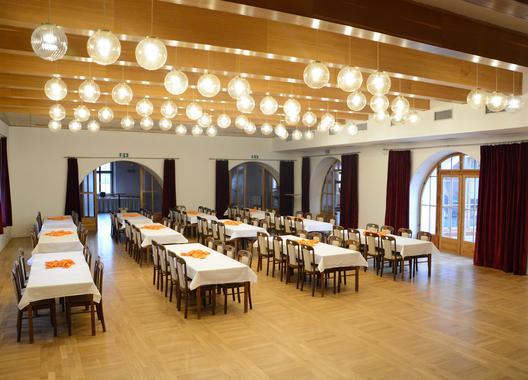 hotel-zamek-velka-bystrice_spolecenske-saly-5