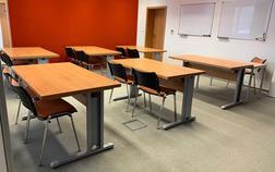 european-institute-of-business-studies-s-r-o_mala-ucebna-1