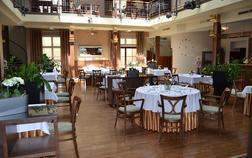 hotel-hejtmansky-dvur_multifunkcni-prostor-atrium-1
