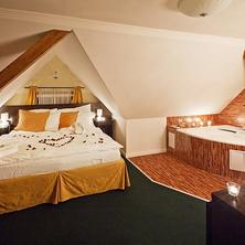 Romantický večer s večeří a wellness v Pytloun Design Hotel****