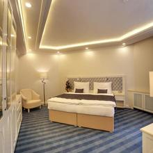 Atlantic Palace Karlovy Vary 33354304
