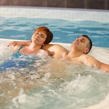 Wellness Hotel Pohoda-Pozlovice-pobyt-Týden pro bolavá záda